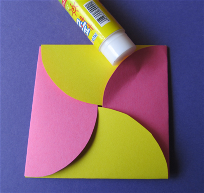 how to make a big envelope out of construction paper